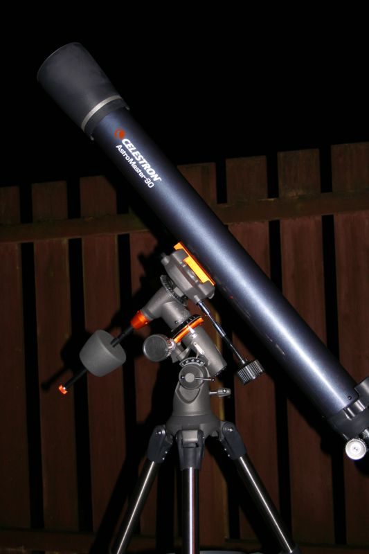 What Kind Of Nut Has A Hole >> Celestron Astromaster 90mm review - User Reviews ...