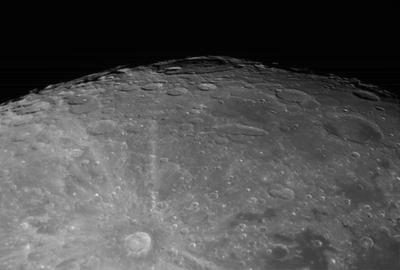 22 04 10 300F moon