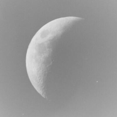 Moon (ISO 400 1/50 Sec)