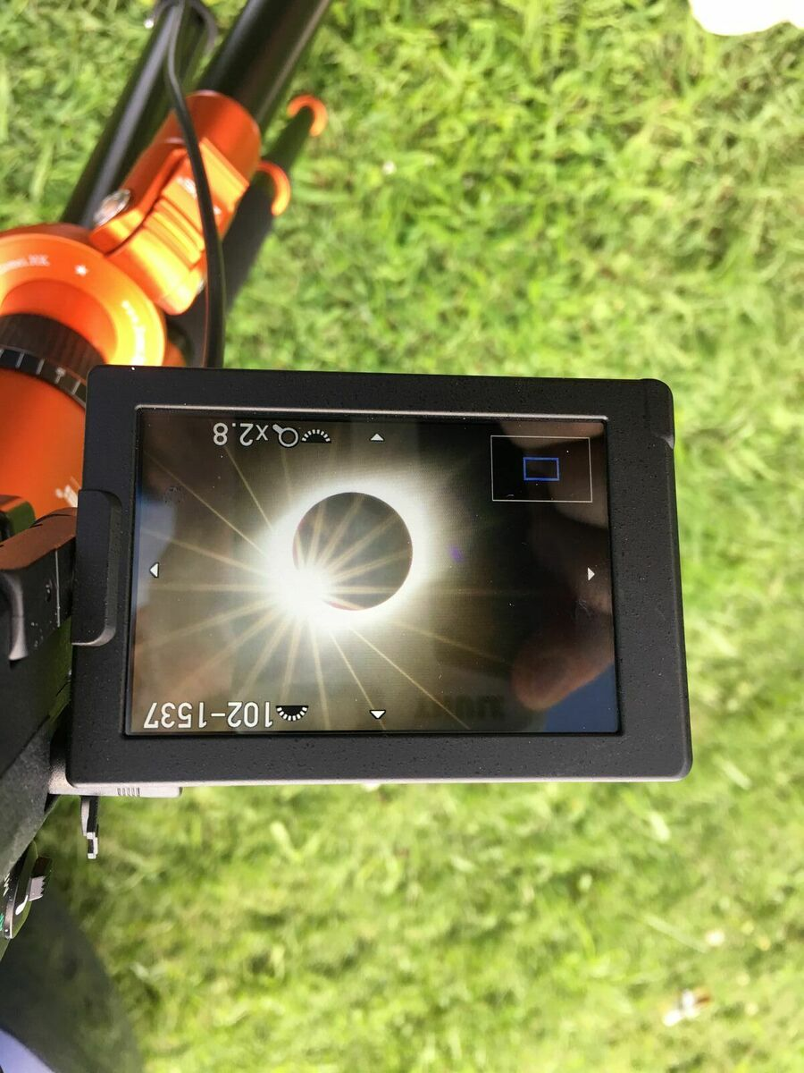 Screen of Pentax K-70 as eclipse ended.