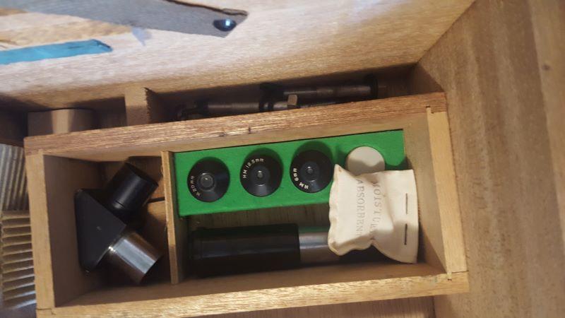 7Te eyepiece tray