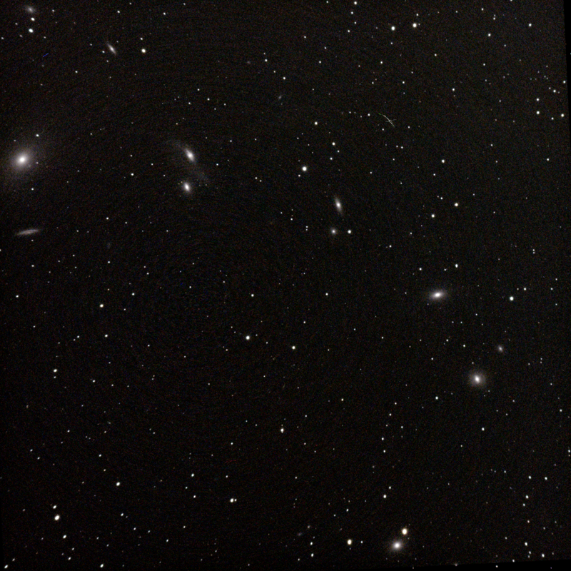 Markarian's Chain master Flat And  dark uvvis filter 80mm APO No FR Stack 62frames 620s