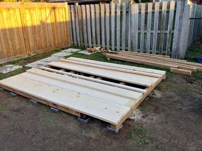 Floor boards - not screwed down