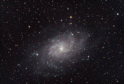 R Pp M33 Triangulum Galaxy stacked gnmax bemanual Cc auto levels Sat guidedsmooth contrast curves