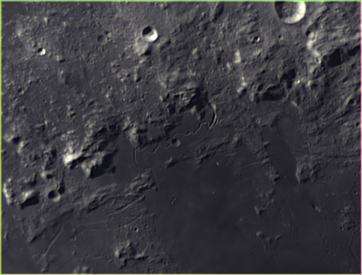 2020 10 26 0022 3 RGB Moon1 studio