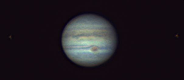 18 28 51 pipp G6 ap14 Drizzle15 Jupiter with 2 moons