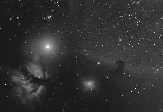 B33 And NGC2024   18 And 22 Feb 2017   b&w