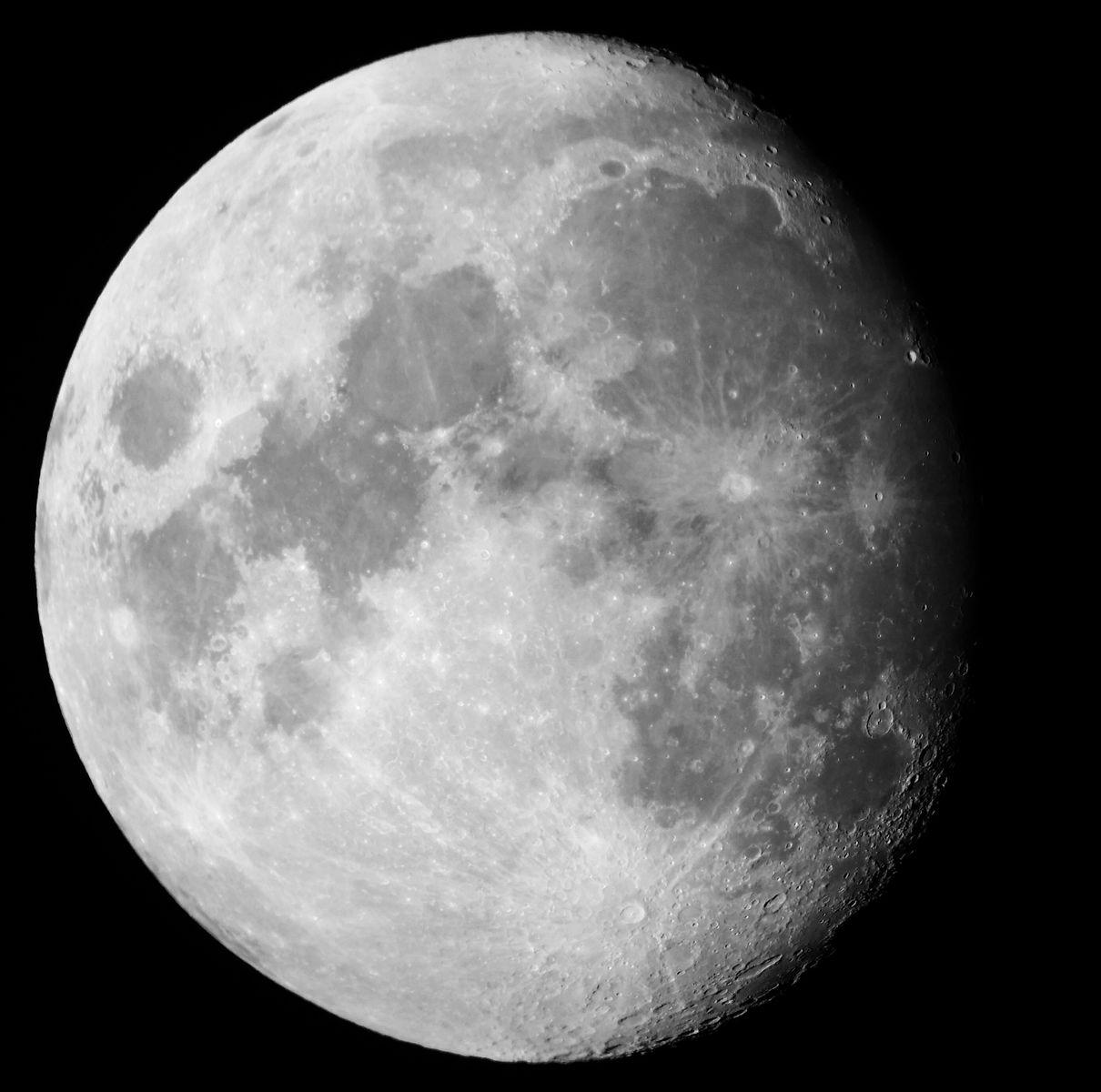Moon Dec 3, 2014