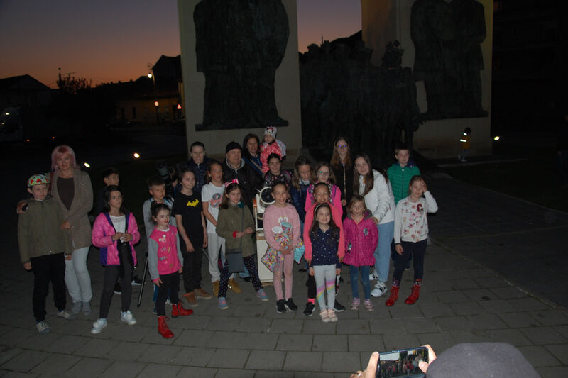 Group picture In The twilight