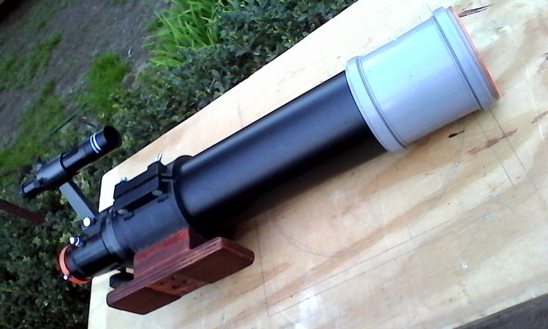 Mounting feet for 90mm x 600mm RFT refractor