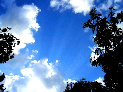 Crepuscular rays 9 Mai 2016 (v10)