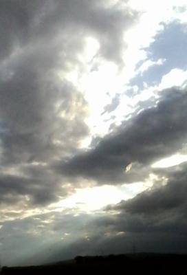 Crepuscular Rays 13.06.16v1