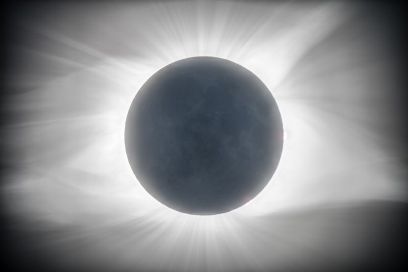 2017 Total Eclipse   Moon