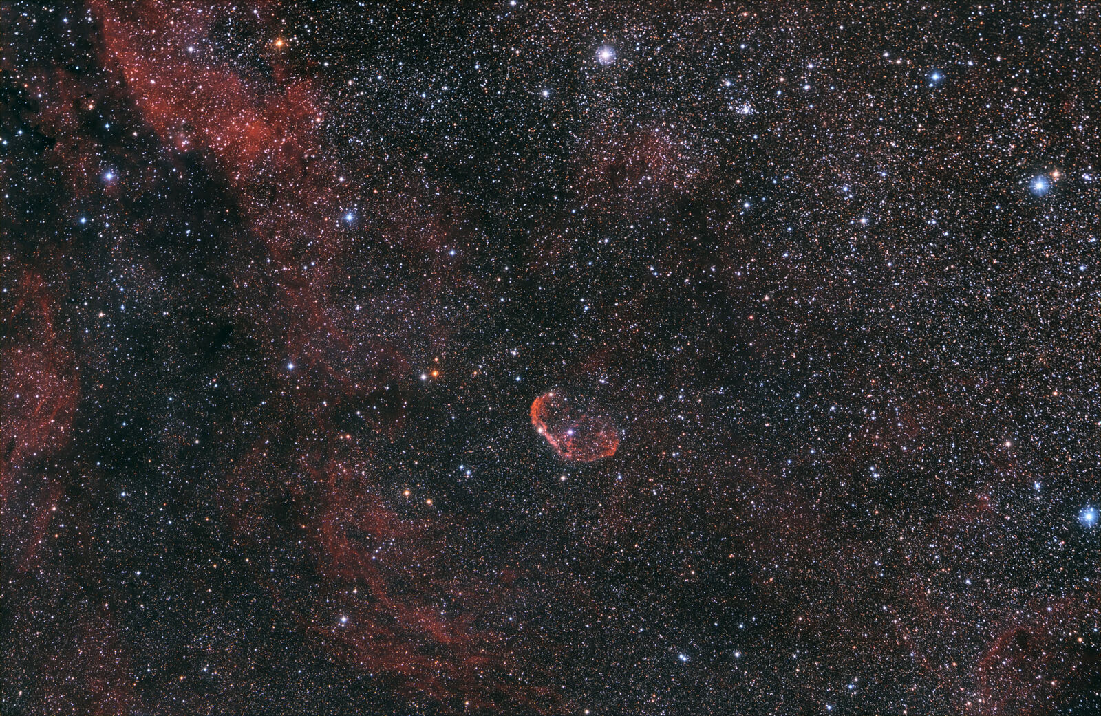 Crescent Nebula (NGC 6888)