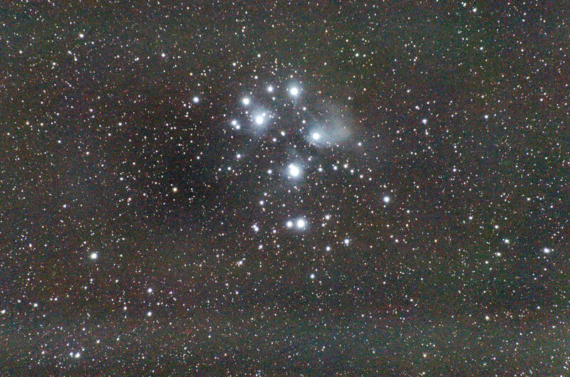Pleiades, first test of my new tracking mount.