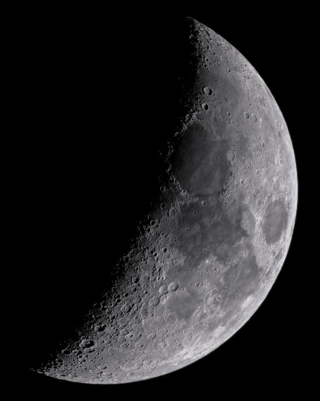 Crescent Moon with AT72ED and ASI183MM (Small).jpg