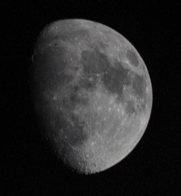 luna1c.jpg