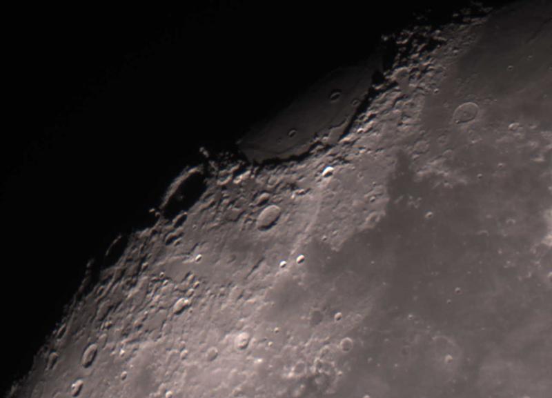 Moon_211112_g4_ap10_conv.jpg
