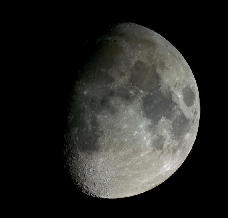 Moon_P100_Moon_stitch_AI_CN.jpg