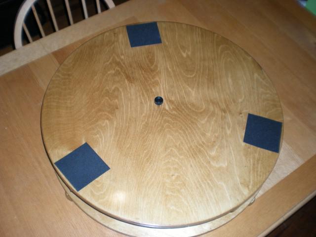 2168959-Table with grip(640x480).jpg