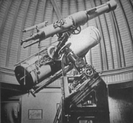 Isaac Roberts 20 inch Grubb Cassegrain & 7 Refractor telescope on the same mount - Wikipedia.jpg