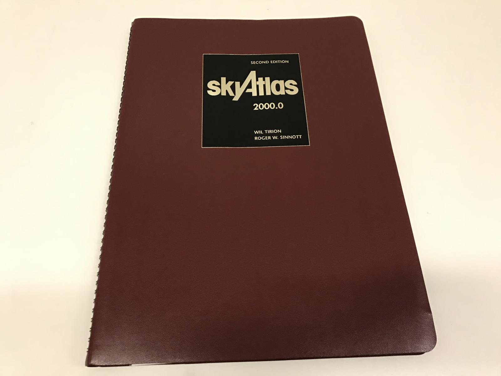 Sky atlas 2000.0 2nd deluxe laminated version spiral bound
