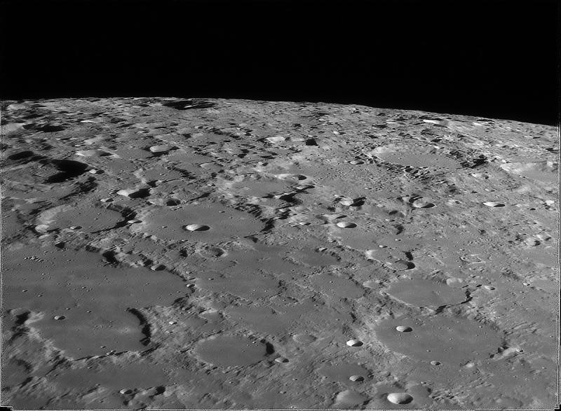 Moon_193621_g3_ap476_Drizzle15_conv small.jpg