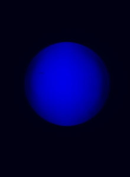 110ED, Prism B, Blue, at focus.jpg