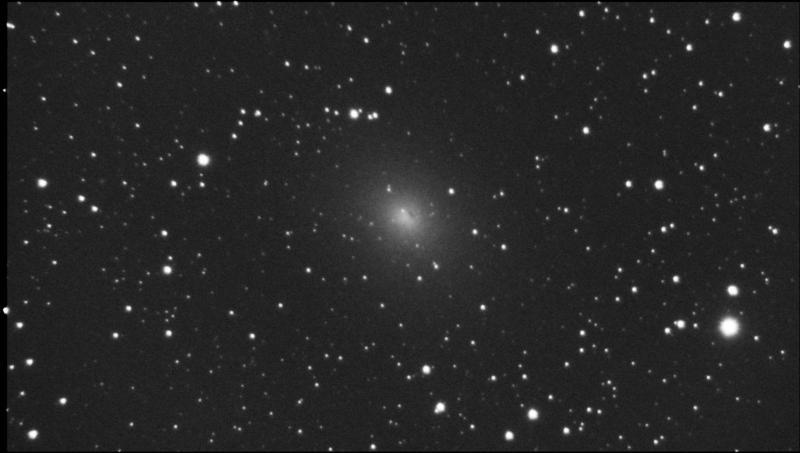 NGC185_f3.7_Light_Stack_30frames_10sec_RS_Bin1_6.7C_gain300_2021-02-03_201815.jpg