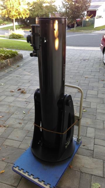 XT8i on cart 359X640.jpg