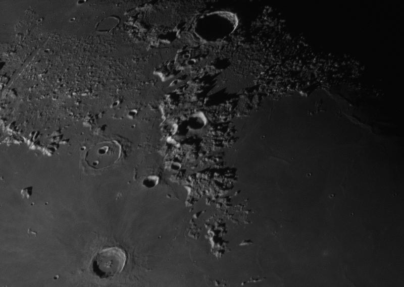 Moon_mosaic_part.jpg