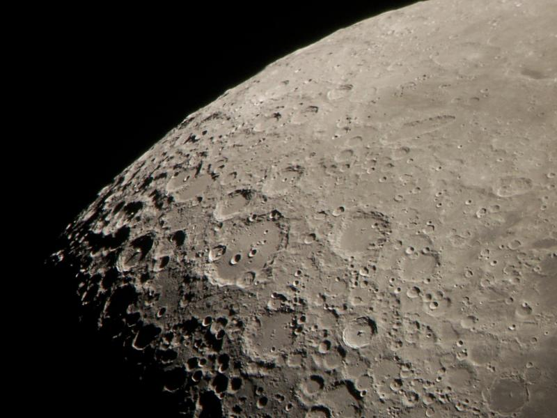 e_moon-50pct-100_6436sm.jpg