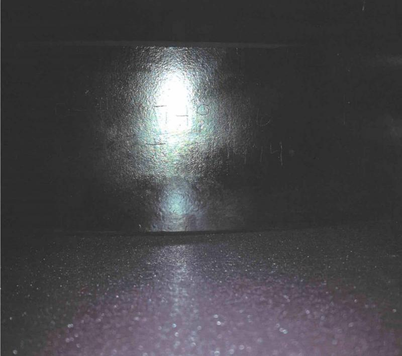 Mirror M749686.jpg
