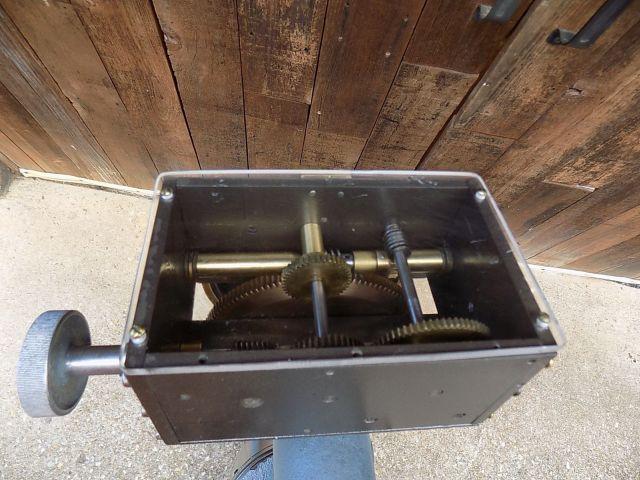 Tinsley Pedestal Mount S38 (Update Gear Box).jpg