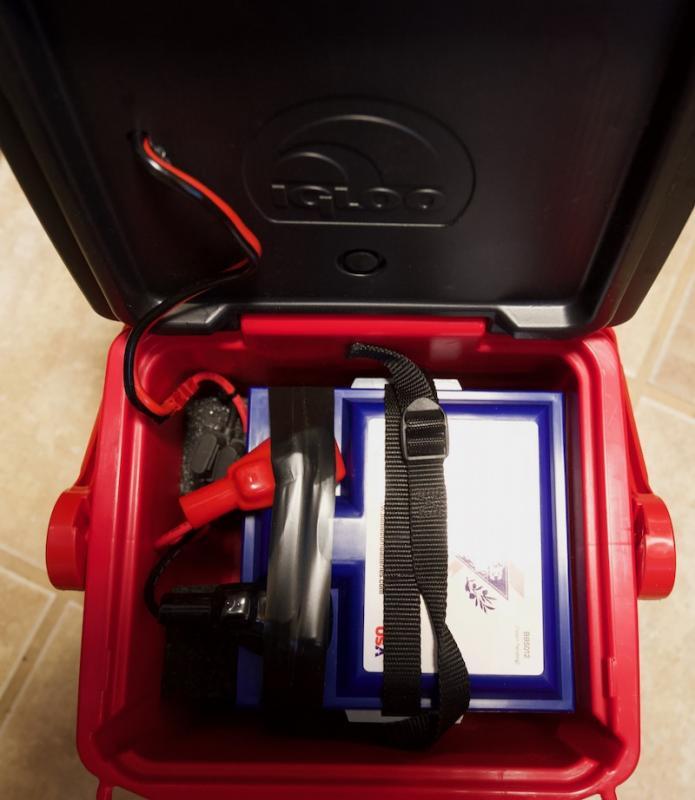 PortableBatteryBoxInside.jpg