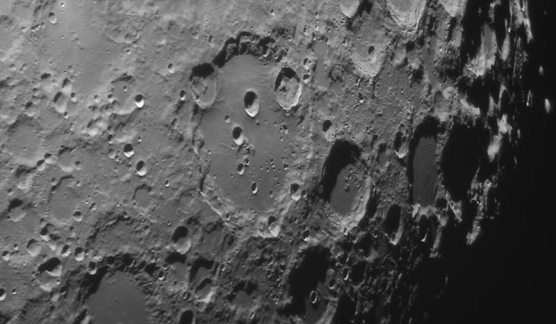 moon_212809_l4_ap468_drizzle15_rs6_dxo.jpg