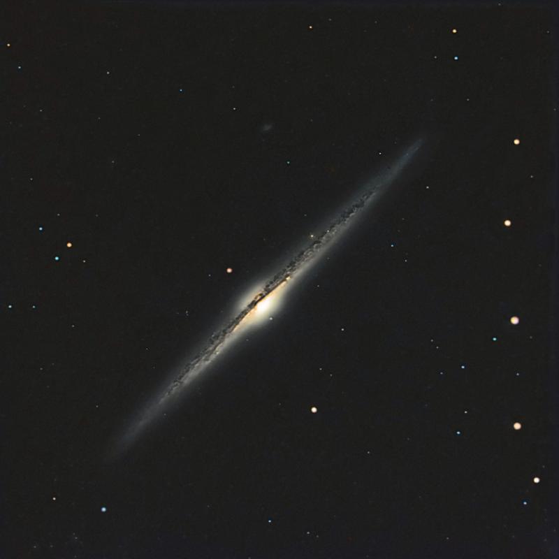NGC4565_web_160mL_30mR_30mG-50mB.jpg