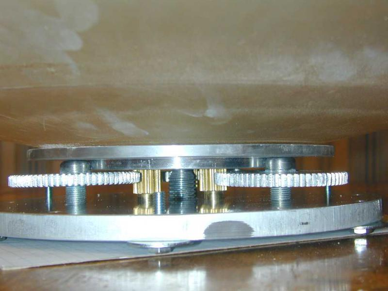 Mirror on support close up small.jpg
