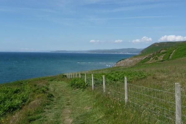 coastal path (600 x 400).jpg
