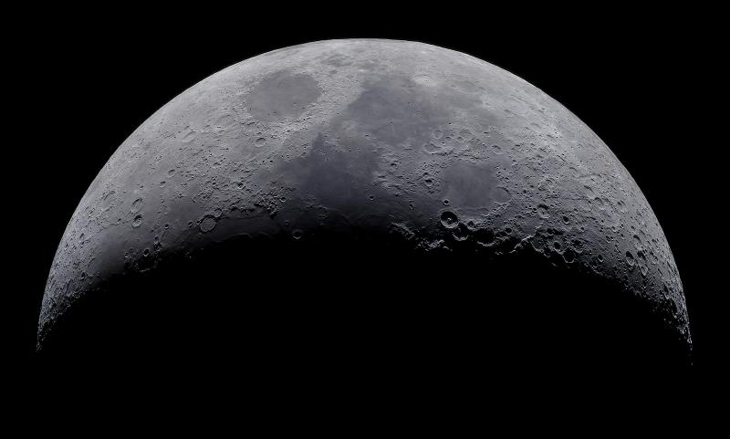 Crescent Moon with Celestron C90 and QHY5III-178C (Small).jpg