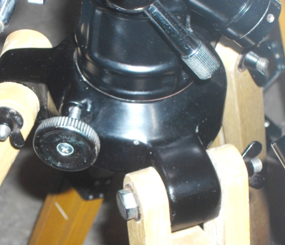 Tasco 304 Power_AZ Base with hand locking knob_Circa 1959_.jpg