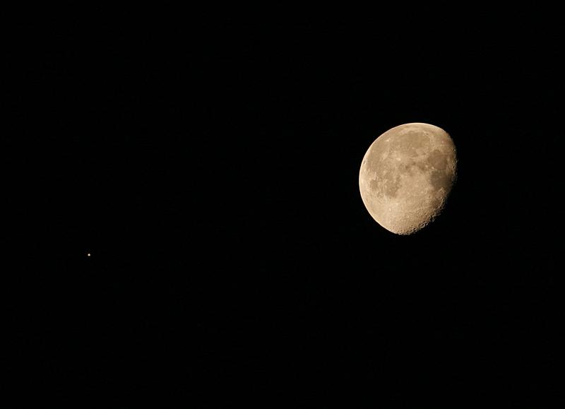 moon jupiter 4-23 small.jpg