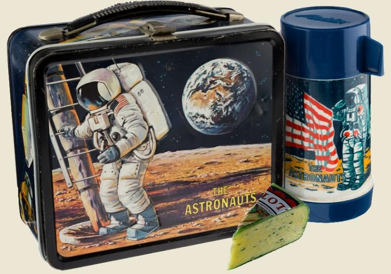 78.1 astronaut lunch box.jpg