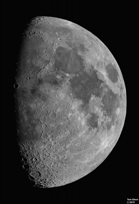 Moon_041319_TG.jpg