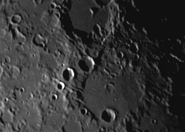 moon41202002;10.jpg