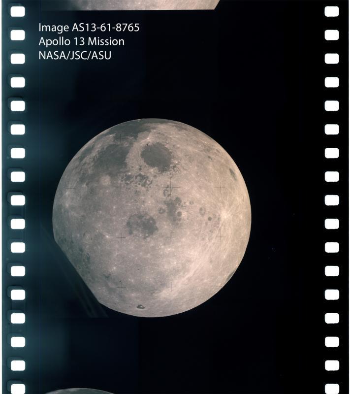 AS13-61-8765.jpg
