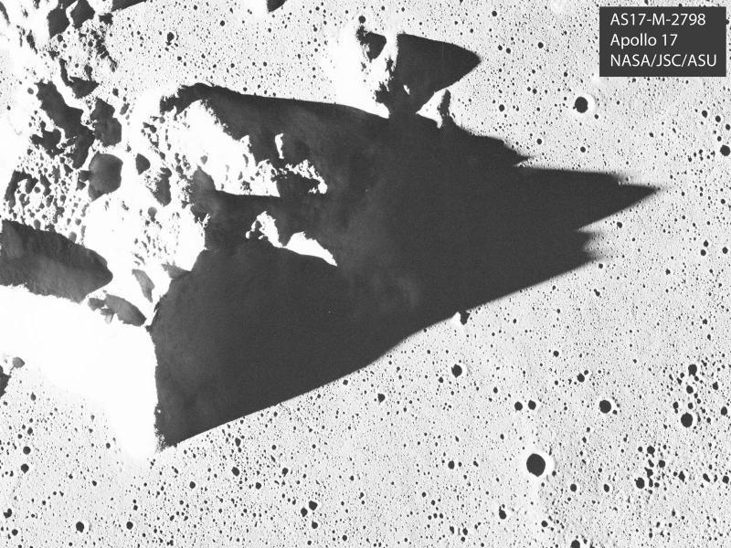 AS17-M-2798-shadows.jpg