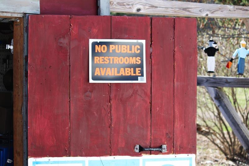 bathroomsrs2.jpg