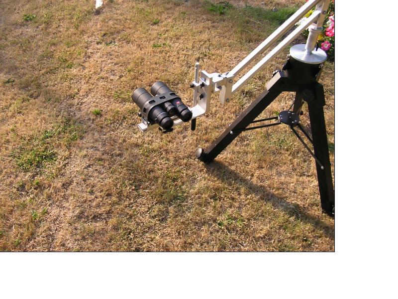 430307-LeicaOnMount.JPG
