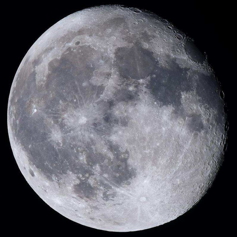 Gibbous Moon with SV80.jpg